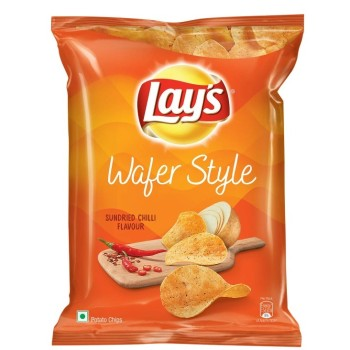 Lays - Wafer Style Potato Chips Sundried Chilli Flavour